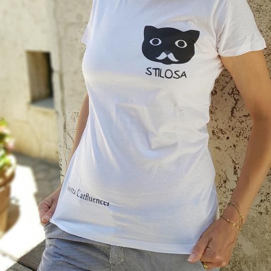 774852 538x538%23 0751 maglietta t.shirt gatto isotta catfluencer shop hd3 copia